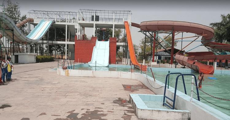 Four Season Fun City in Lucknow